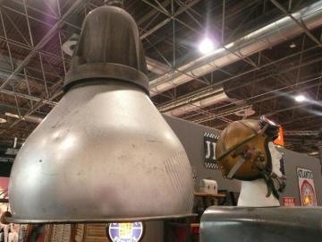 Lamp metal